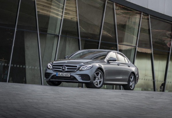 Mercedes-Benz reveals all on E-Class petrol-electric plug-in hybrid saloon